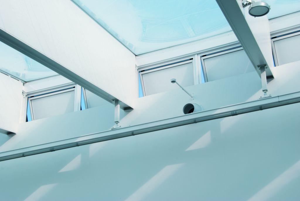 Naturlig ventilation sikrer stabilt indeklima i butikscenter